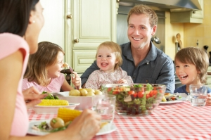 Family Dinners – Important for Babies and Toddlers Too